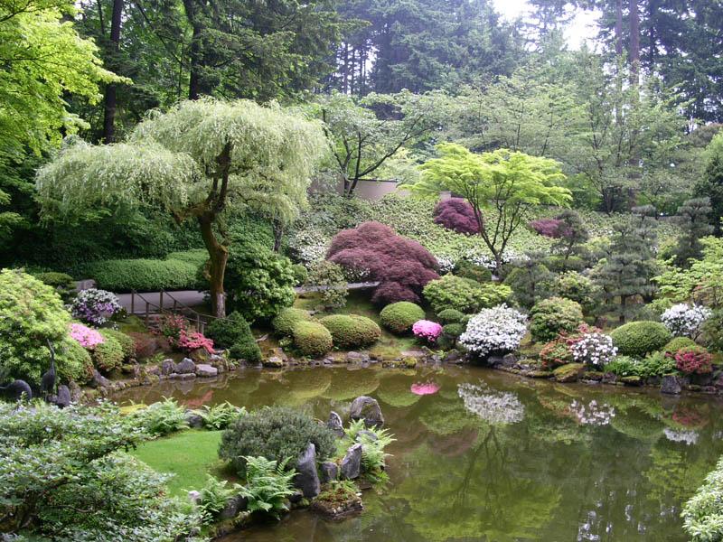 ...сады настоящие произведения